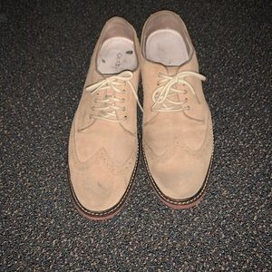 Tan oxford lace up